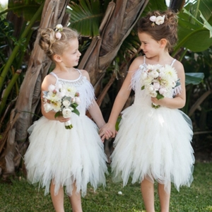 Flowergirls In Tutu De Monde Dresses