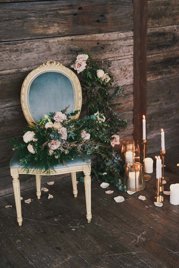 Indoor Rustic Chic Wedding Decor