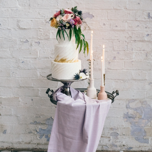 Modern Wedding Cake With Pastels