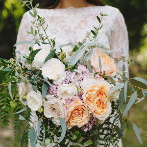 Lush garden rose bouquet