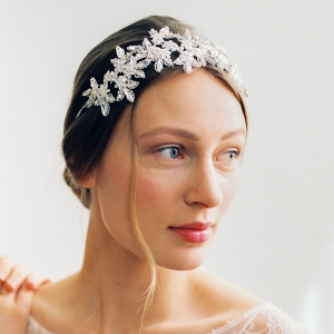 Silver Flower Hairpiece