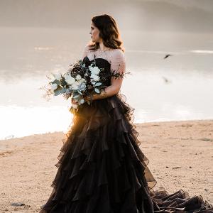 146267-dramatic-black-sunset-wedding-inspiration-by-dewinta-dandot-photography