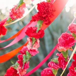 Red & Pink Flower Garland