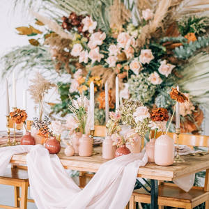 Modern boho blush and orange wedding table