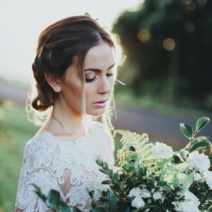 Modern Romantic Bride