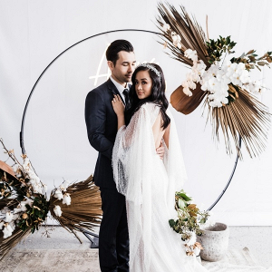 Modern neutral circle ceremony backdrop