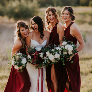 bridesmaids-in-marsala