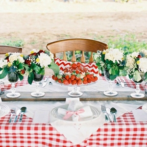 Strabwerry inspired Wedding Table