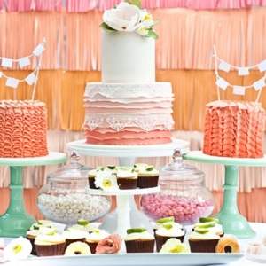 Wedding Cakes and Cupcakes Buffet