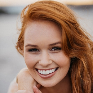 Redhead Bride With Natural Makeup