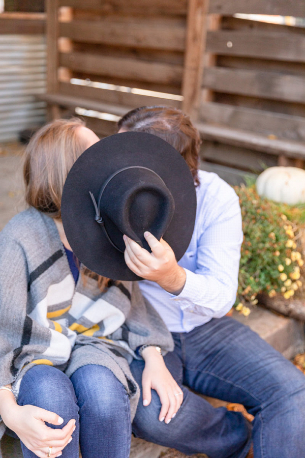 A hat and a kiss