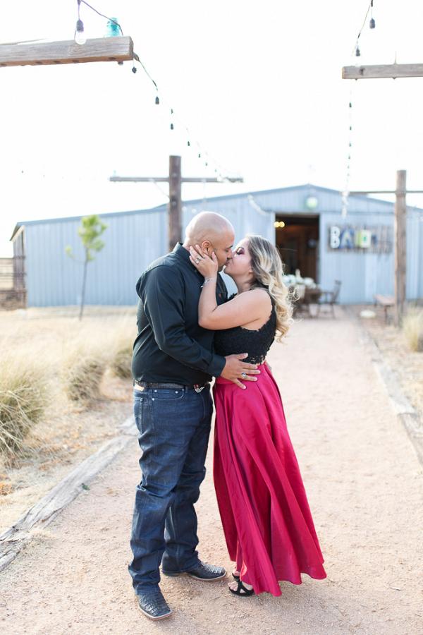 Kiss at the barn