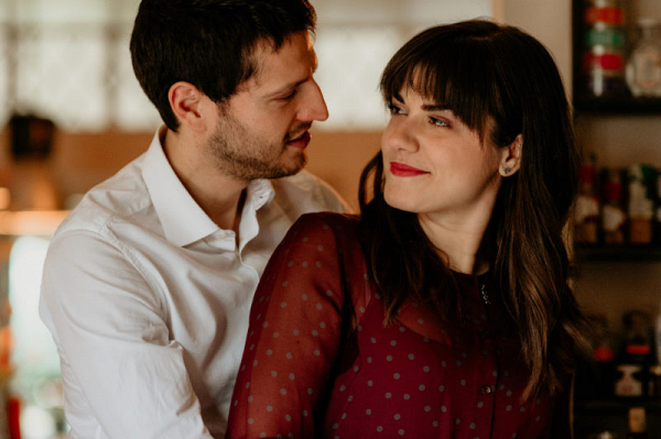 Romantic and relaxed couples session in Rome