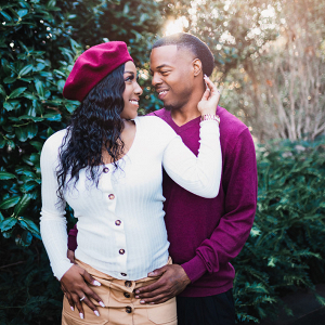 Stylish Dallas arboretum engagement session
