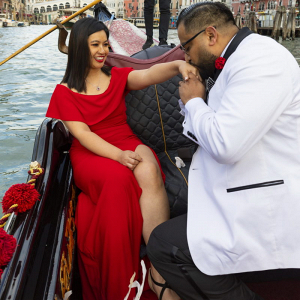 Surprise Italian Gondola Proposal Session