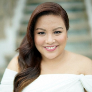 plus size bride in elegant blush, ivory and black wedding in Philippines