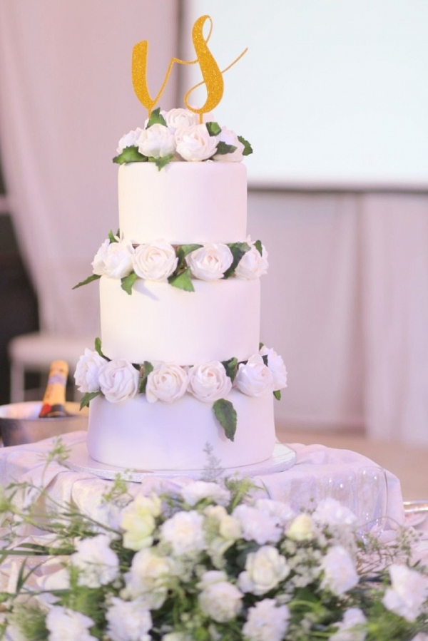 wedding cake at simple and elegant wedding in Philippines