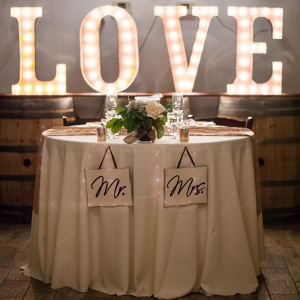 sweetheart table at elegant mint lake house wedding in arizona