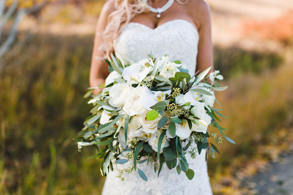 White_Orchid_Wedding_Ulland_Chang_Tara_Peach_Photography_Okanagan_Real_Wedding-739