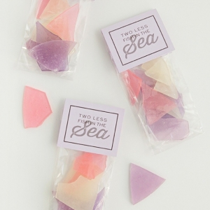 Learn how to make your own sea glass hard candy wedding favors!