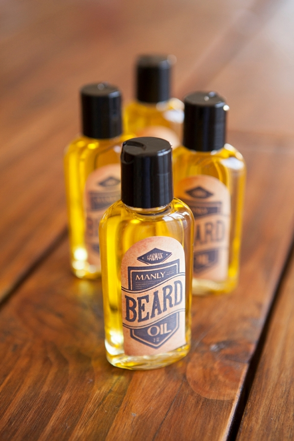 Learn how to create your own manly beard oil wedding favors with our easy to follow tutorial and free printable labels!