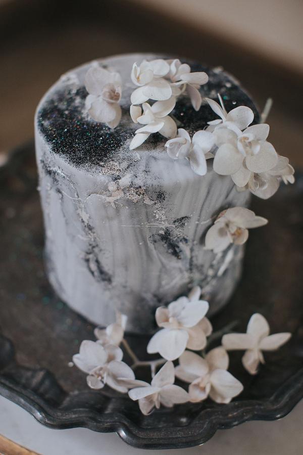 Constellation Inspired Wedding Cake