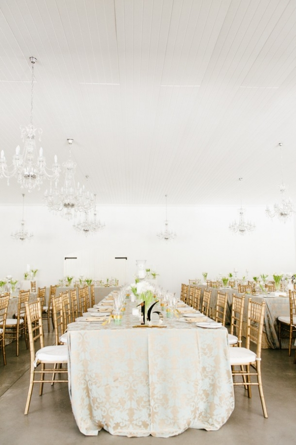 Contemporary elegant reception