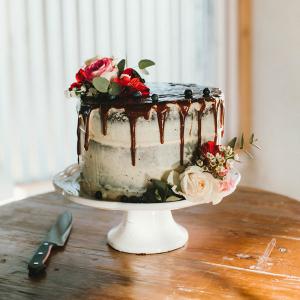 Single Tier Drip Cake