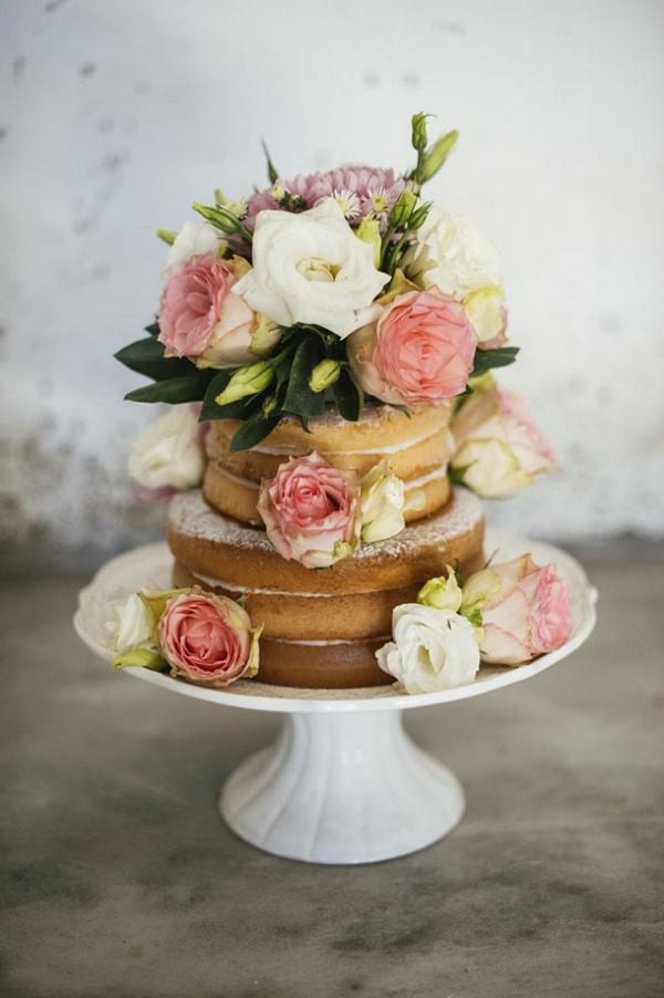 Small naked cake
