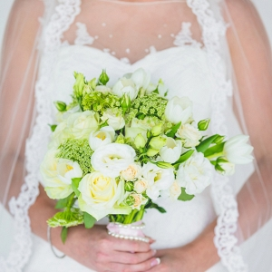 Green & white wedding bouquet