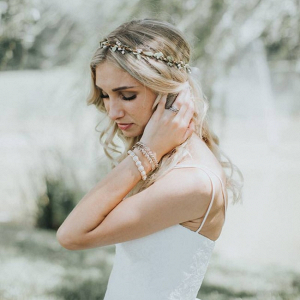 Simple Wreath Hair Accessory
