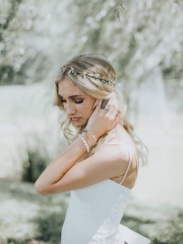 Simple Wreath Hair Accessory