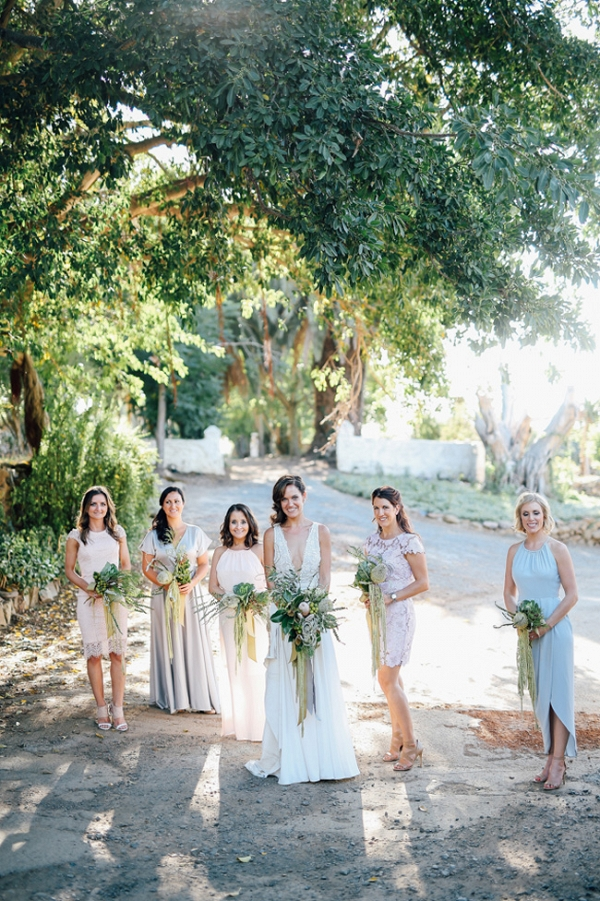 Bridesmaids in Mismatched Pastels