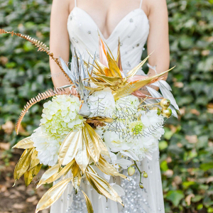 Modern Metallic Bouquet