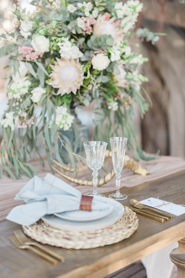 Safari Luxe Table Decor