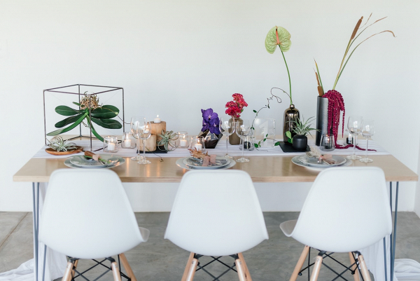Modern Minimalist Table Decor