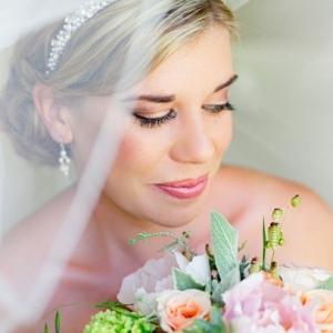 Bride with Peach & Mint Bouquet