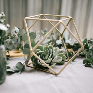 Centerpiece with Succulents & Geometric Shape