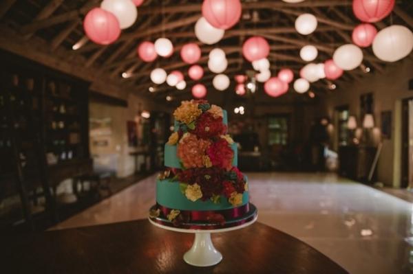 Wedding cake with paper lanterns