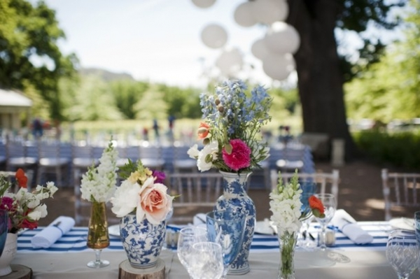 Colorful outdoor wedding tablescape