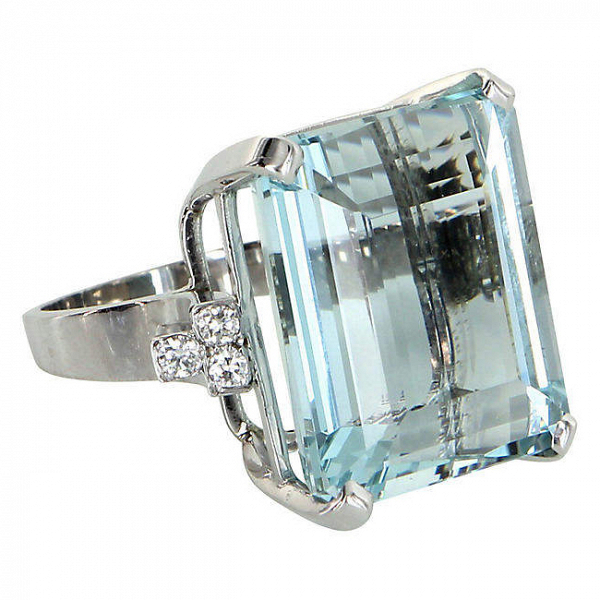 Vintage 30ct Aquamarine & Diamond Cocktail Ring