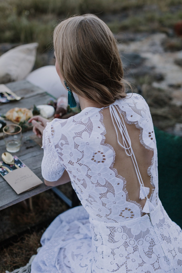 Low Back Boho Lace Wedding Dress