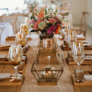 Table Decor with Sparkle Runner