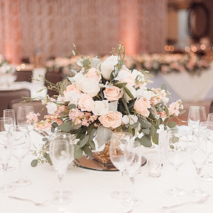 Classic blush and white centerpiece