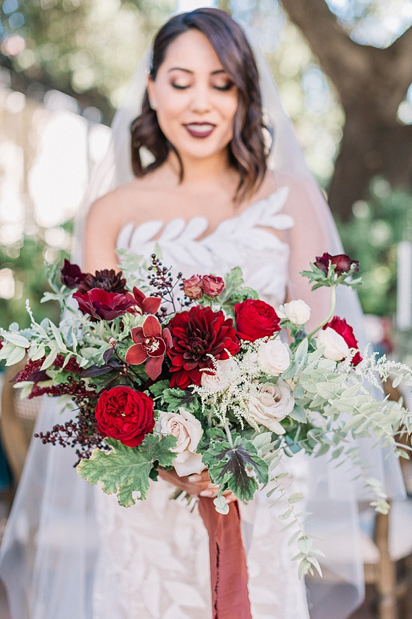 Lust red bridal bouquet