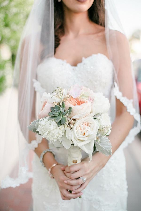 Blush and cream bouquet