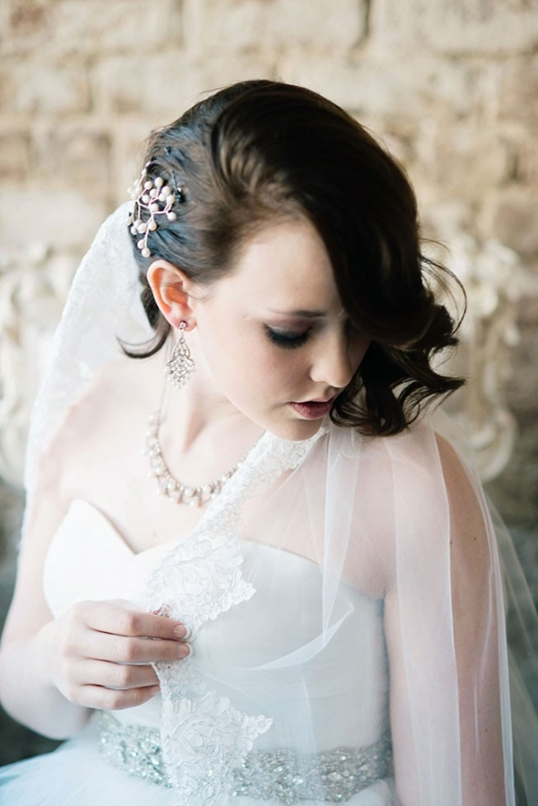 Winter Wedding Bridal Fashion Perfection Ali McLaughlin Photography