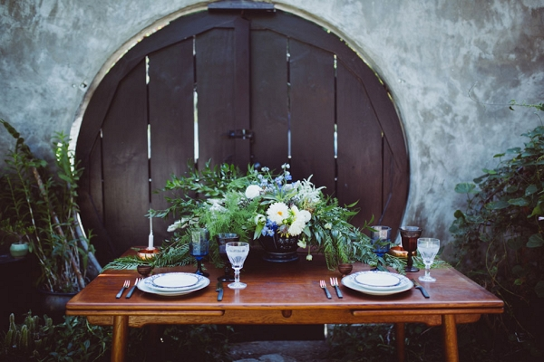 Velaslavasay Panorama Vintage Wedding Tablescape Amber Gress Photography