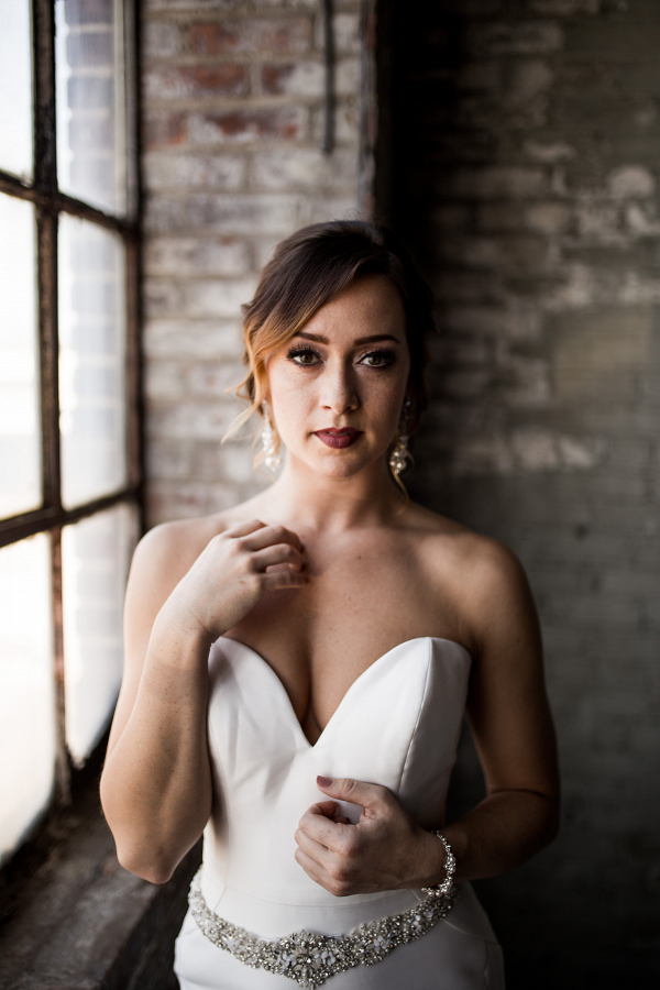 Industrial Wedding Rust Belt Coffee Loft Captured By Hannah Photography