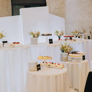 Desserts tables